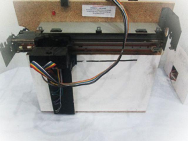 Rancang bangun penghapus papan tulis dengan teknik kendali manual