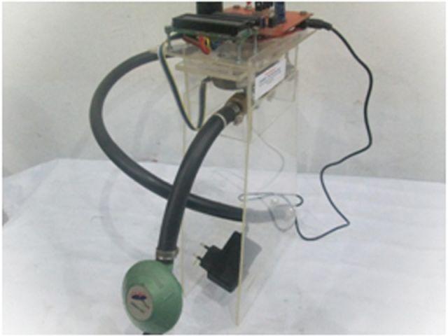 Rancang bangun detektor dan pengaman kebocoran gas elpiji