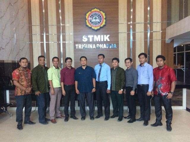 Studi Banding dan Penandatanganan MoU STMIK Royal Kisaran ke STMIK Triguna Dharma