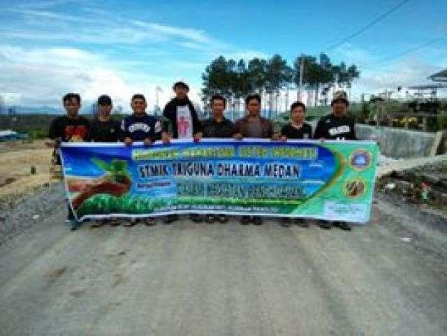 Membudayahijaukan Lembah Siosar Bersama himpunan Mahasiswa Sistem Informasi STMIK Triguna Dharma